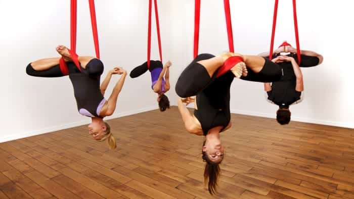 anti-gravity-yoga-nasil-yapilir