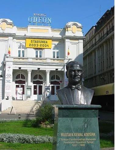 Statuia lui Mustafa Kemal Ataturk - Bükreş, Romanya