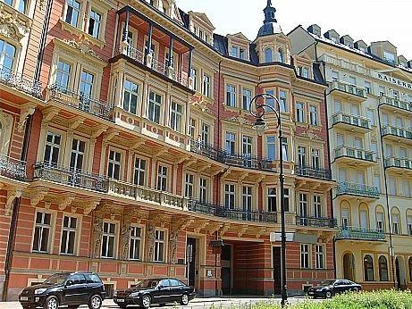 Karlovy Vary, Çek Cumhuriyeti Atatürk
