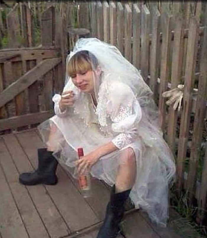 Bırakın kadın evliliğini rahat kutlasın