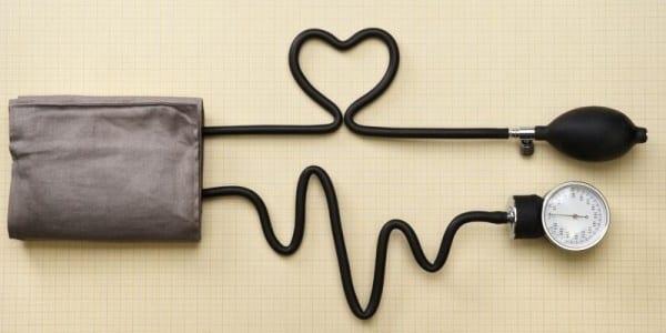 tansiyon-dusuklugu-nedir-belirtileri-nedenleri-tedavisi