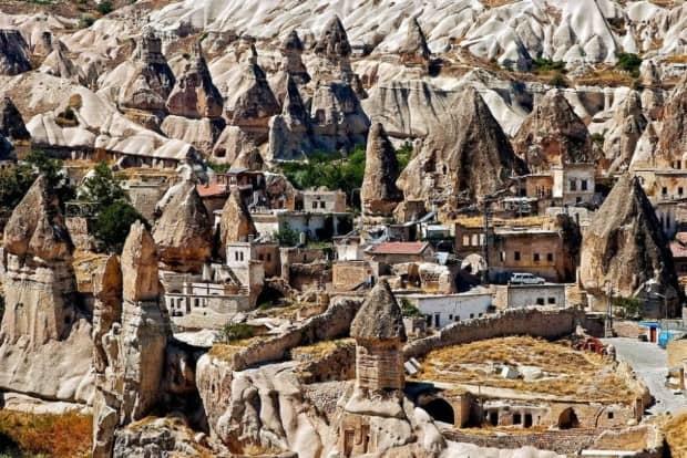 Göreme-Türkiye-dunyanin-en-guzel-koyleri-kasabalari