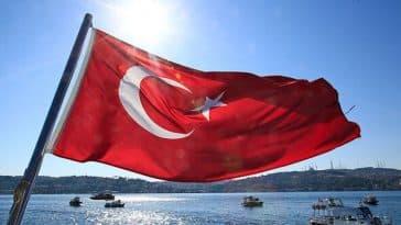 Türkiye'de Neden Büyük Teknoloji Şirketleri Yok?